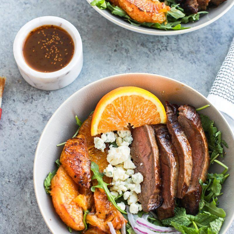 LGSSales_Teriyaki-Steak-Salad-with-Caramelized-Darling-Oranges®_DarlingOranges®-2-800x800