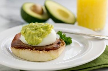 avocado eggs benedict2